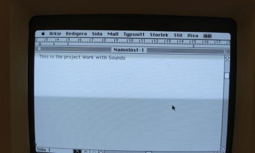 Macintosh SE30 Typing