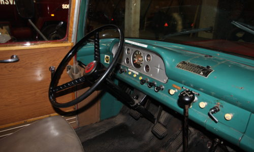 Inside Fire truck Ford F600-1958